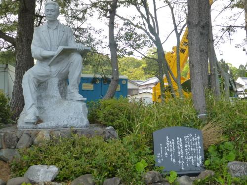 青柳裕介さん石造