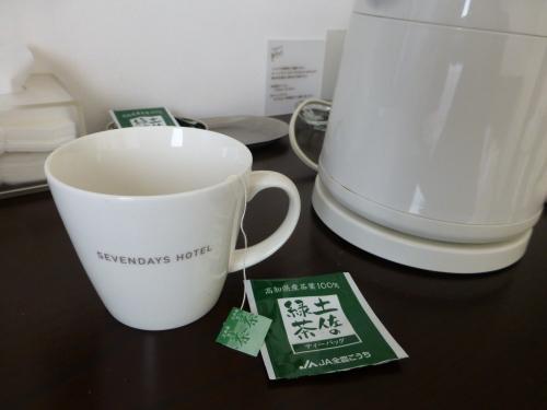 セブンデイズホテルプラス・マグカップ