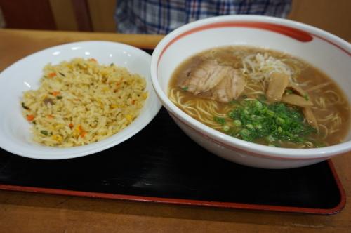 小谷SA・レストラン賀茂川荘